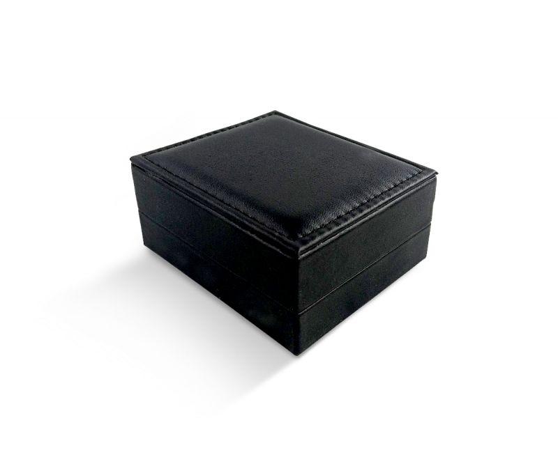 קופסת לד שחורה דמוי עור לתליון - 8.5X7.5