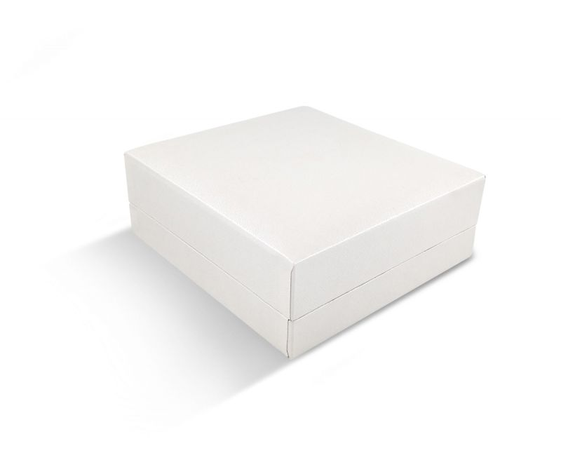 קופסת דמוי עור לבנה שטוחה לתליון גדול 9X9