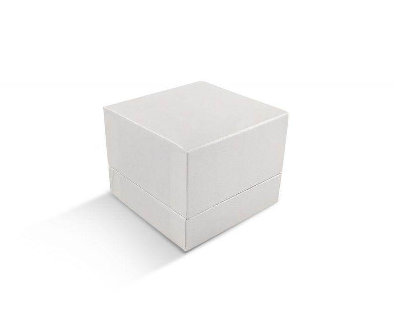קופסת דמוי עור לבנה שטוחה גדולה לטבעת