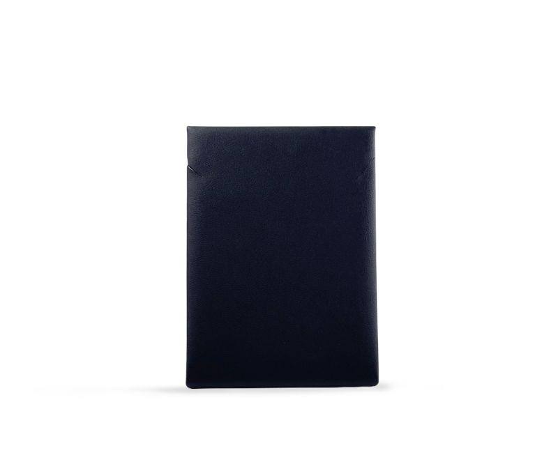 """מעמד לשרשרת שחור בינוני 11X8 ס""""מ"""